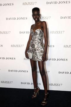 David Jones apologises to customer for using black model