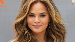 Chrissy Teigen Boycotts Twitter To Support Abuse Victims