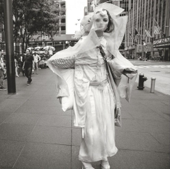 Fran Summers Channels British Invasion Of New York Lensed By Inez