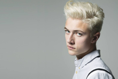 Bleached Men s Hairstyles That Will Ensure Your Summer Lasts Forever